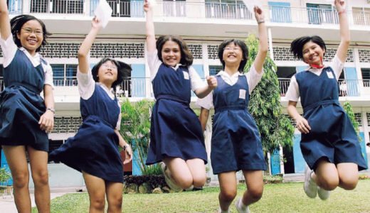マレーシアの学生服はシンプルですよ