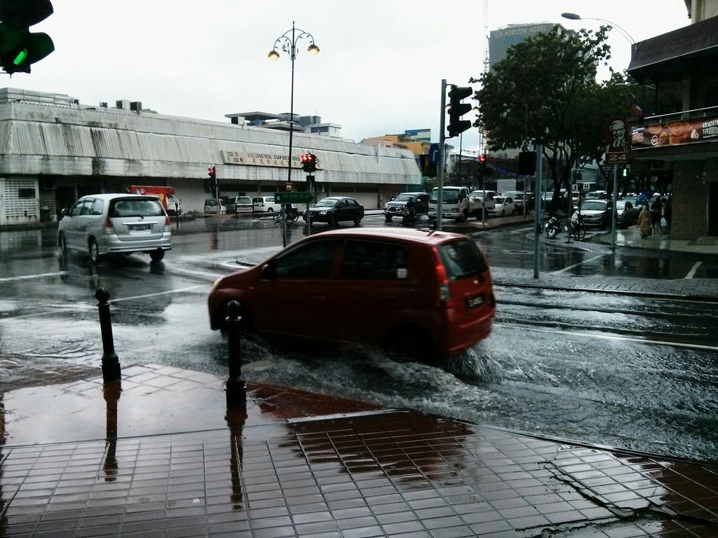 コタキナバルの洪水