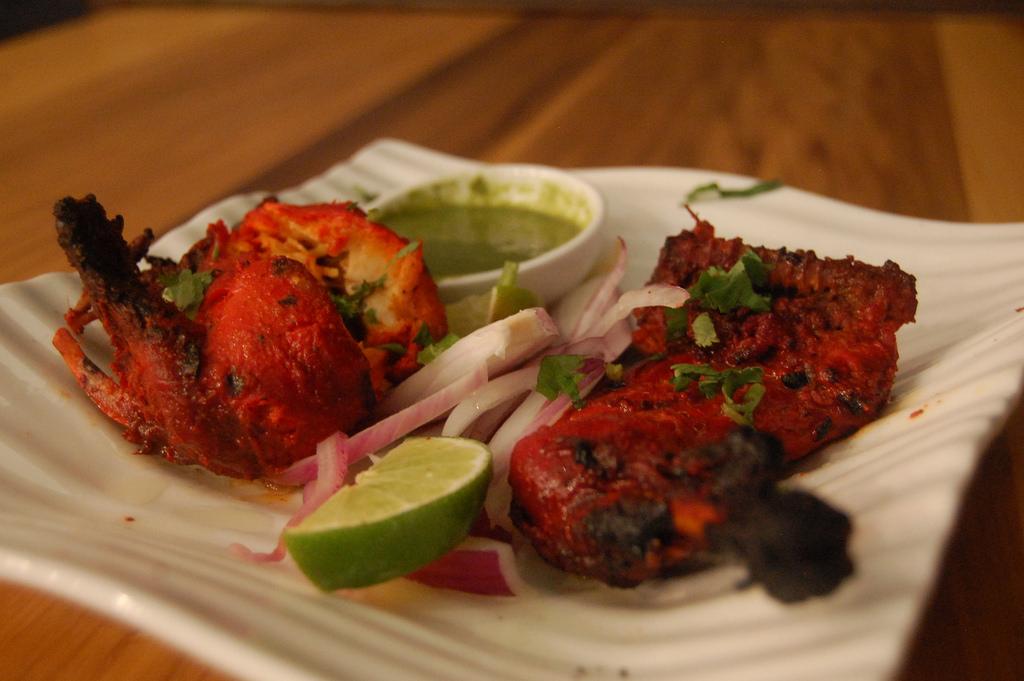 マレーシアのインド料理代表、タンドリーチキン