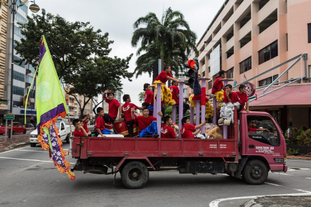 コタキナバルの獅子舞