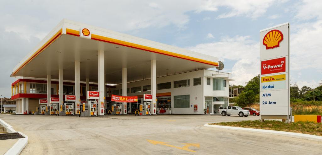 サバ州サンダカンのガソリンスタンド