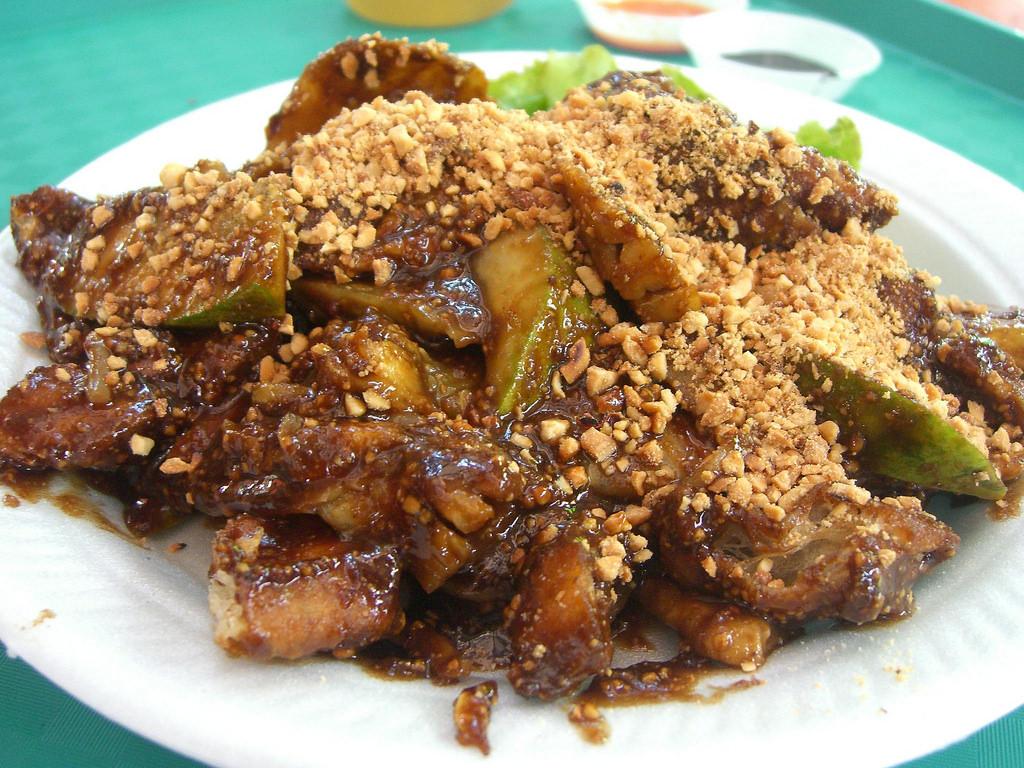 マレーシアを代表するローカル料理、ロジャック