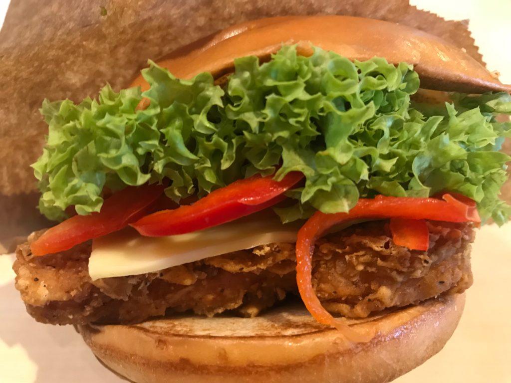 マレーシアマクドナルドのメキシカンチキンバーガー