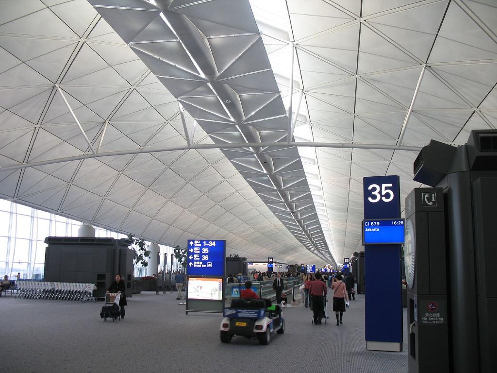 日本からマレーシアは乗継便を利用すると安い