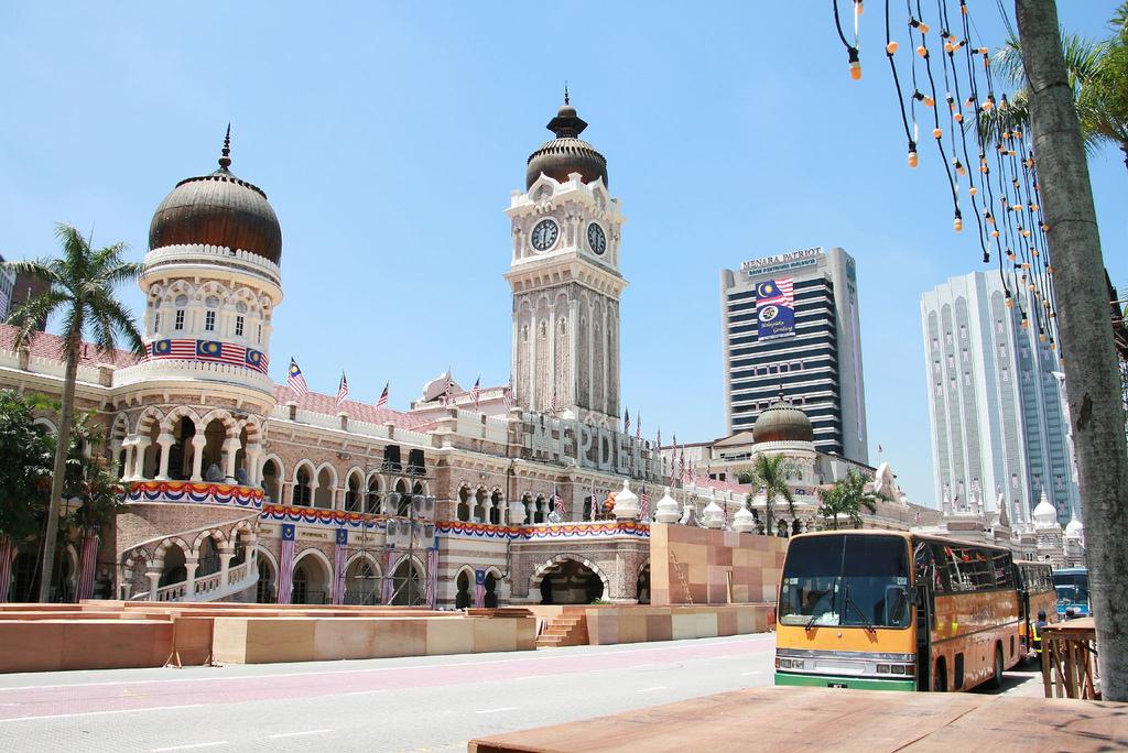 クアラルンプールで初心者におすすめの観光地はメルデカスクエア周辺
