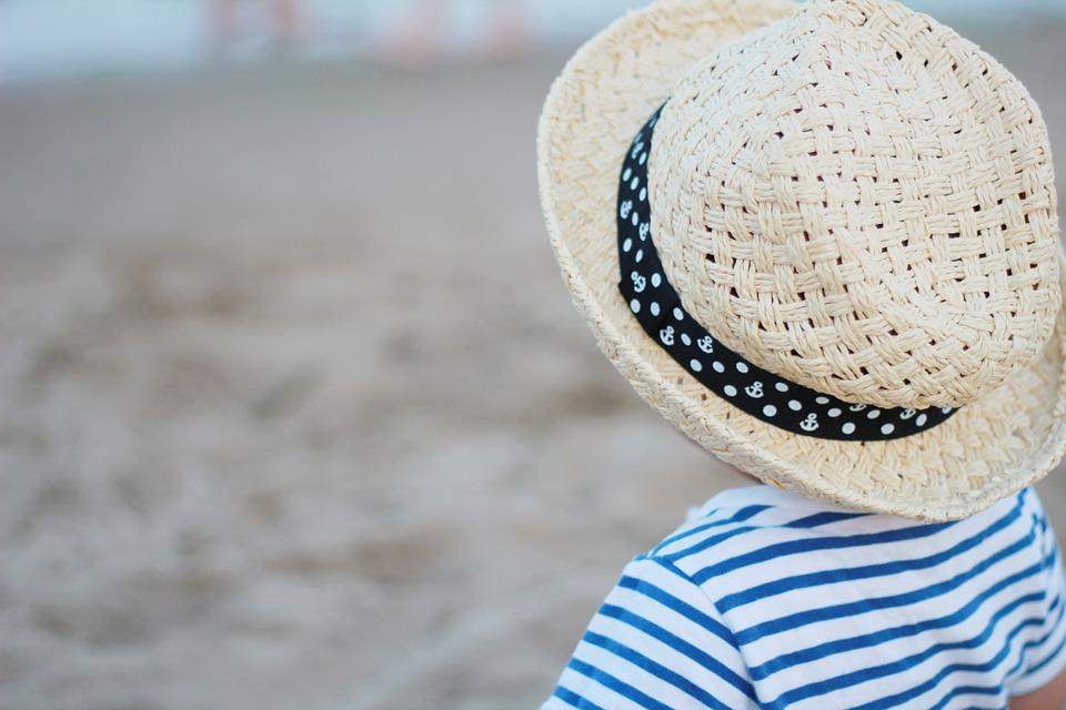 常夏のマレーシアでは帽子が必須。できればつばの広いものがオススメです。